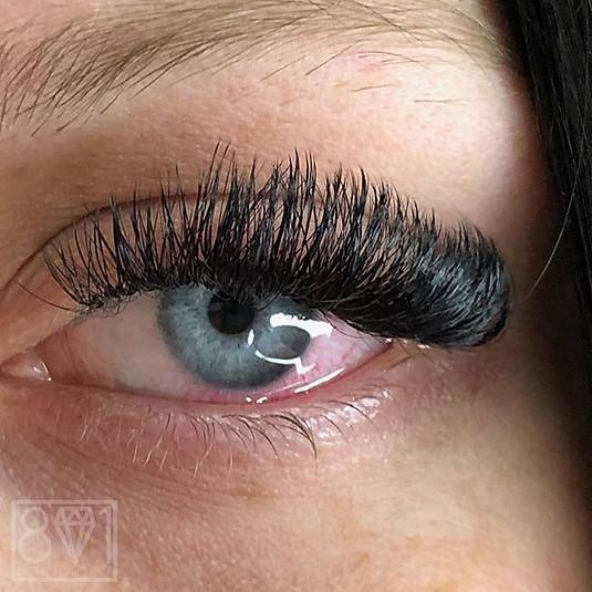 801 Beauty / No more mascara