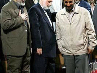 احمدینژاد رئیس جمهور ما نیست