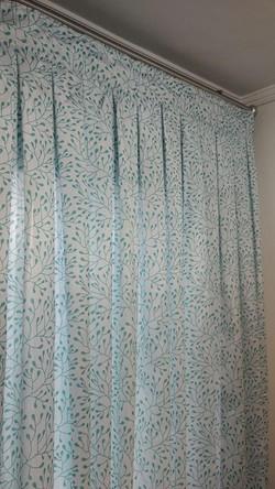 cortina estampada turquesa