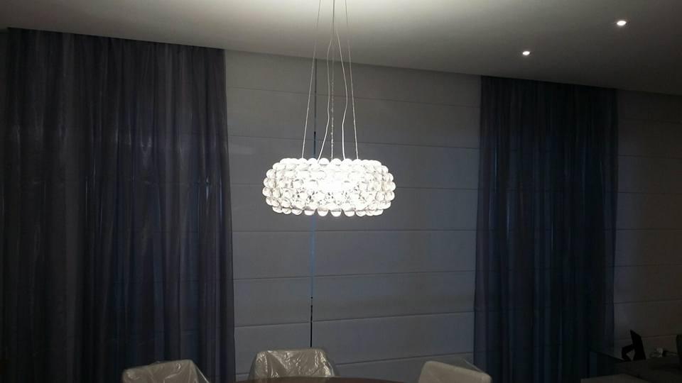 cortina voil com persiana romana