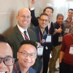 Selfie with the Speakers at East Meet West Conference Taiwan 2019 和East Meet West Conference Taiwan 2019 和東成西就台灣2019論壇演講師們合照