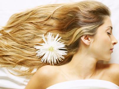Mascarilla para un cabello con volumen y brillo