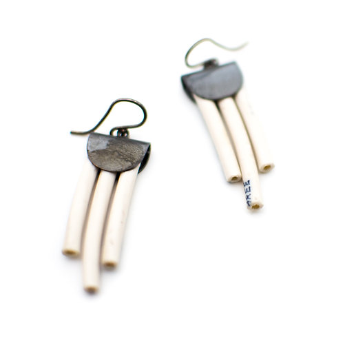 {WHITE} Electric Color Pop Earrings