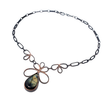 Labradorite Pipetal Necklace.jpg