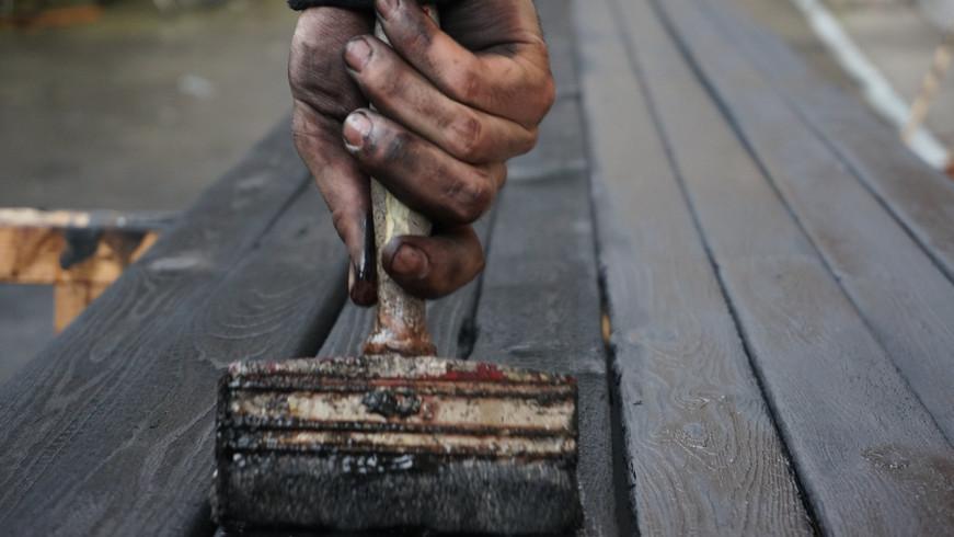 entretient du bois brûlé