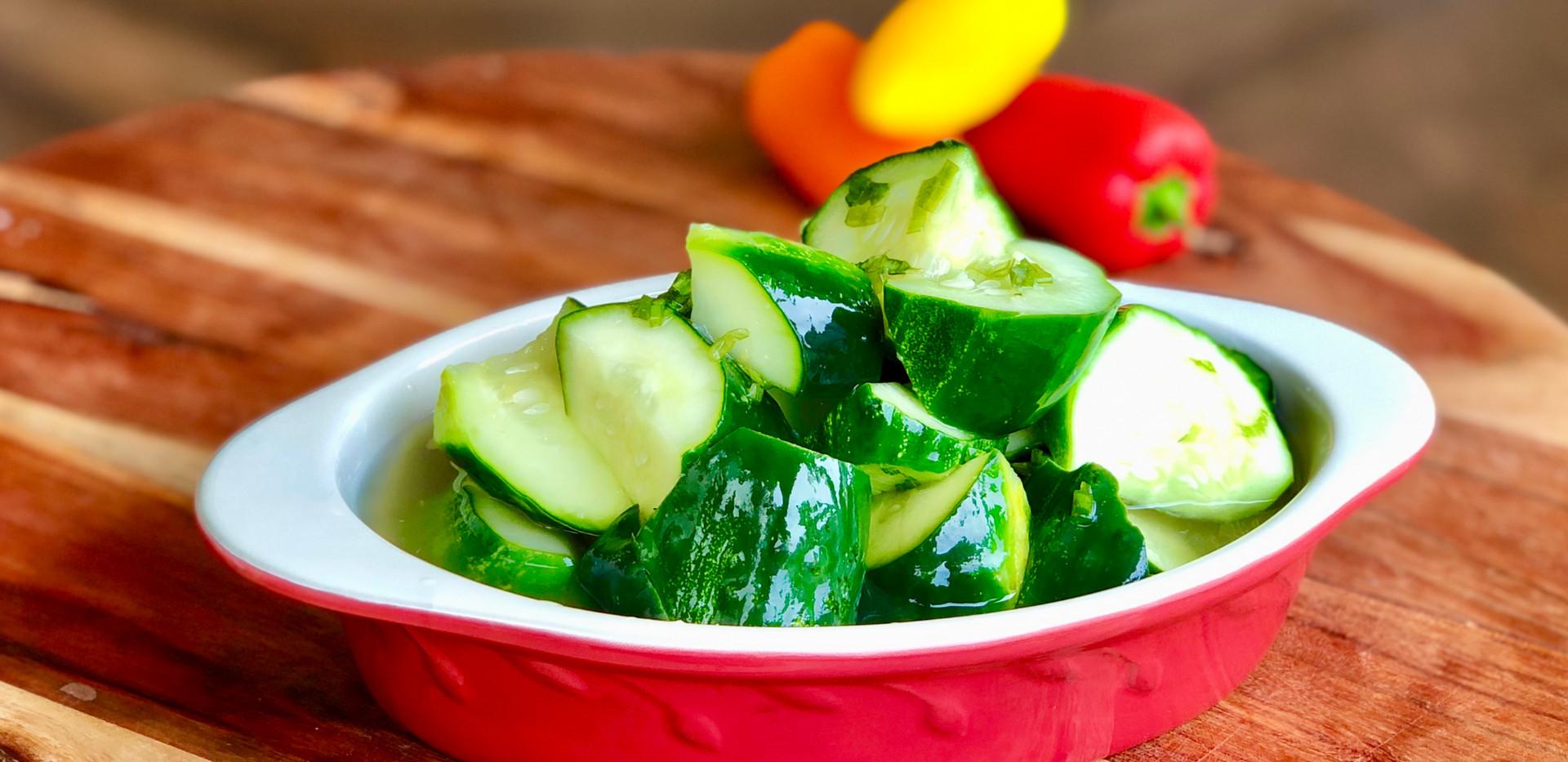 Korean Cucumber Side Dish/BanChan/Pickle/Salad (오이반찬 Oi Muchim 오이무침) EASY VEGAN Recipe