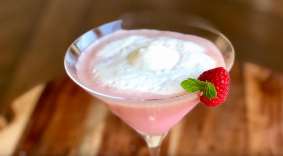 raspberry soju cocktail .png