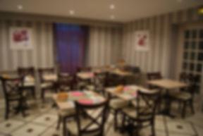 Salle petit dejeuner - Hotel*** Correze des Voyageurs