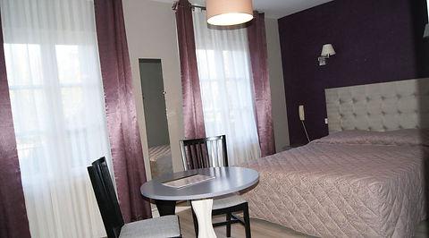 Chambre Familiale - Hotel*** Correze des Voyageurs