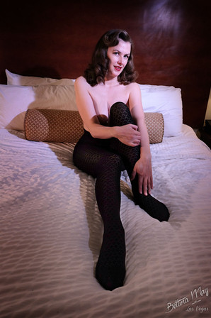 Bettina May in Diamond Sheertex Tights