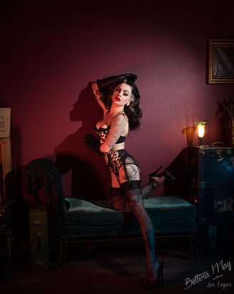 Marie Devilreux by Bettina May for Sinical Magazine