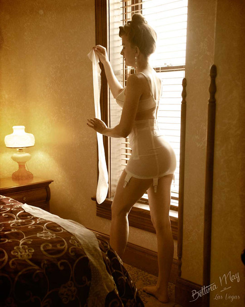 Bettina May in Deadwood