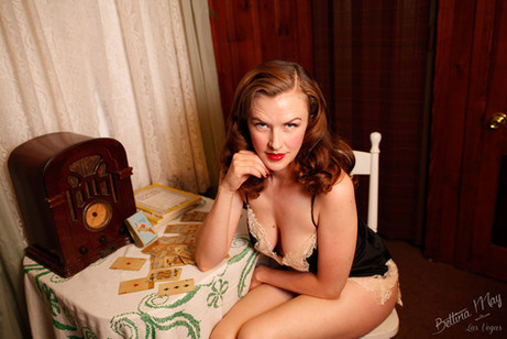 Bettina May in Strip Solitaire
