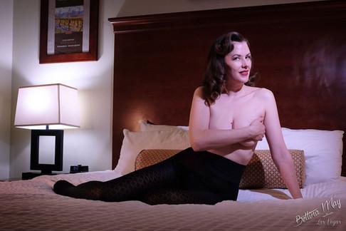 Bettina May in Diamond Sheertex Tights