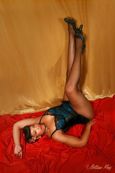 Golden glamour goddess Afton in her first shoot with Bettina May