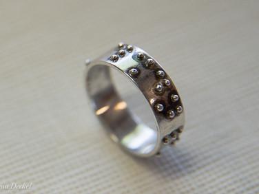 """טבעת עם כיתוב """"ברייל"""" - כסף 925"""
