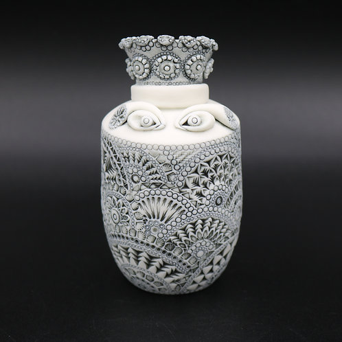 """Sculpture """"EPONA"""" Collection """"Déesse"""" Porcelaine"""