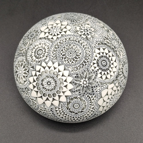 """Boite-galet """"Absolue 6"""" Porcelaine"""