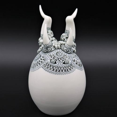 """Sculpture """"COMUS"""" Collection """"Créature"""" Porcelaine"""