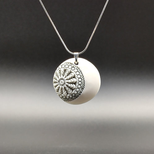 """Collier Porcelaine    Collection """"Dacca"""""""