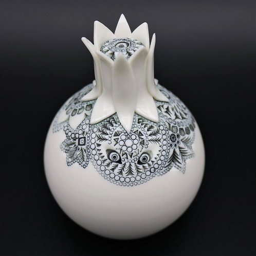 "Sculpture ""ATIRA"" Collection ""Déesse"" Porcelaine"