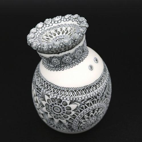 """Sculpture """"ABNOBA"""" Collection """"Déesse"""" Porcelaine"""
