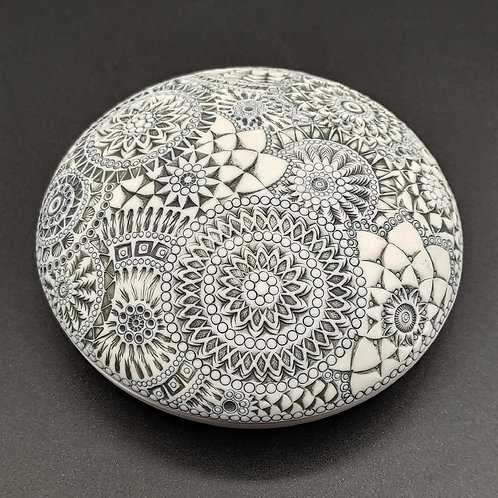 """Boite-galet """"Absolue 3"""" Porcelaine"""