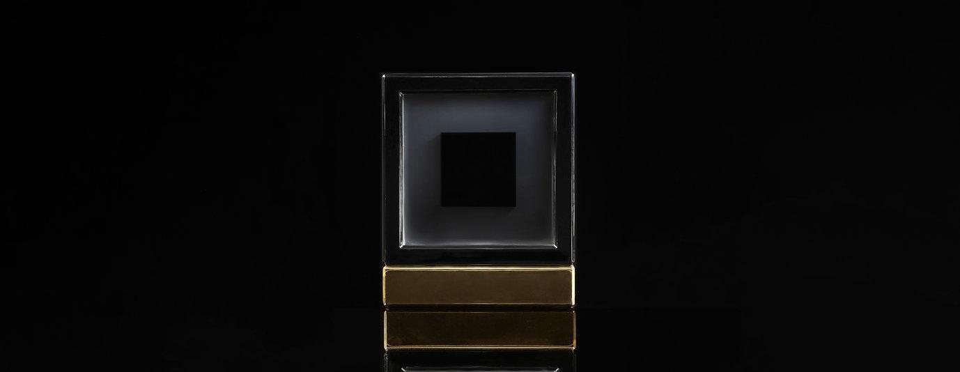 black01-2軽.jpg