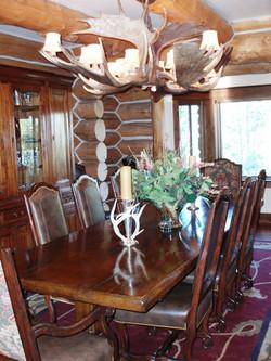CADENET DESIGN - RUSTIC DINING ROOM