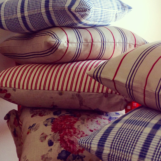 custom fabrication of fabrics, for pillows~