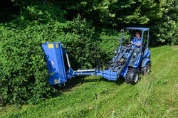 MultiOne-flail-mower-with-side-shift-1030x688