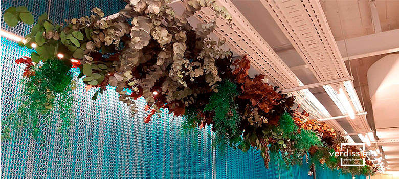 Verdissimo decoration with flowers and h