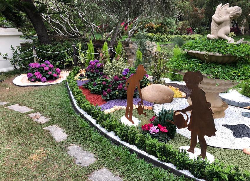 Caballo Living GardenDesign and Build 1.