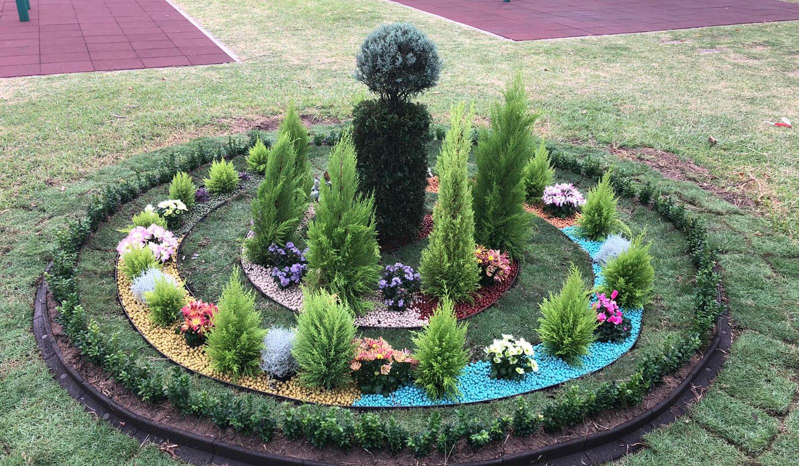 Garden Design 2020-10-19-16-56-19 Caball