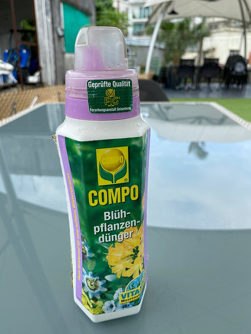 Compo Liquid Fertilizer for Flowering Plants 500ml