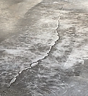 crack repair - damage concrete floor