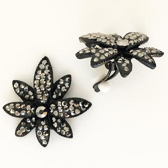 Flora Clip On Earring Black