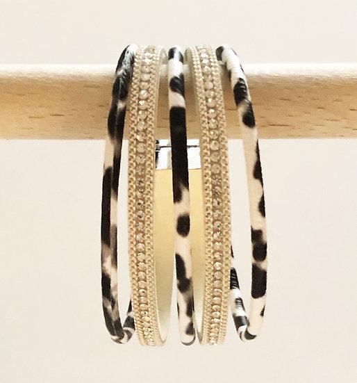 5 Tier Magnetic Bracelet Blk&Wh