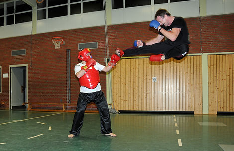 bernd frank kickboxen.jpg