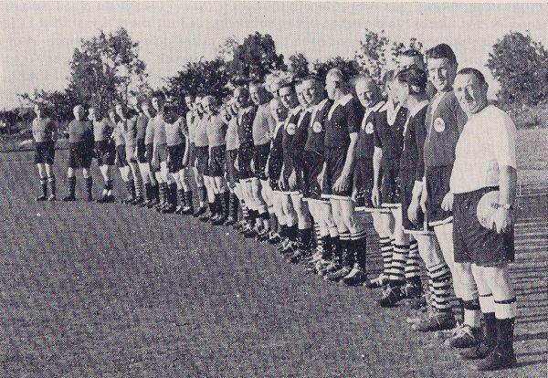 Moorburgs Alte Herren 1957.jpg