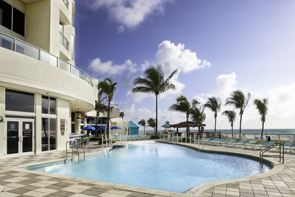 Pool PLAYA Hotel Double Tree by Hilton, Sunny Isles Beach