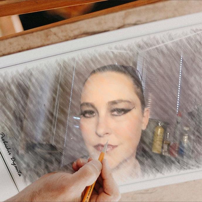Julia Rooney2.jpg