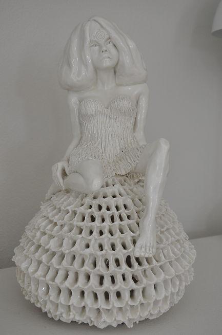 Lene Winther. 'Target'. Porcelæn. 36x22x24 cm