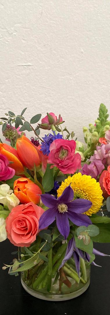 Colorful medium bouquet