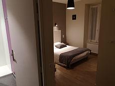 chambre1 lit.jpg