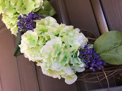 GreenWreath_FlowerCloseup