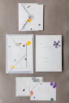 nachhaltige Papeterie - getrocknete Blumen