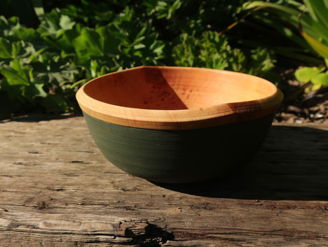 Dark green alder bowl.JPG