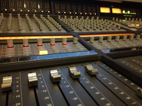 Studio B 01.jpg