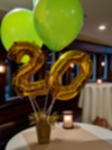 Gold 20 Balloon - 0.jpeg